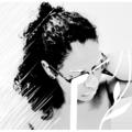 Moira (@iammoira) Avatar