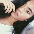 Anna Alipustain (@annaapurple) Avatar