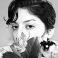 Alexandra Almeida (@byalexalm) Avatar