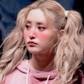 ely loves loona (@sailorchuu) Avatar
