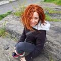 Juliana Fogler (@julesonfoot) Avatar