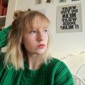 Ella Lowden (@ellalowden) Avatar