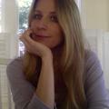 Luiza Vickers (@luizavickers) Avatar
