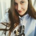 Ashley (@ashleywrecked) Avatar