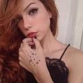 Camila Lacerda (@camilalacerda) Avatar