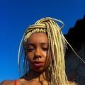 Sabrina Euzébio (@noiteazulada) Avatar