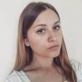 Monika (@moonred) Avatar