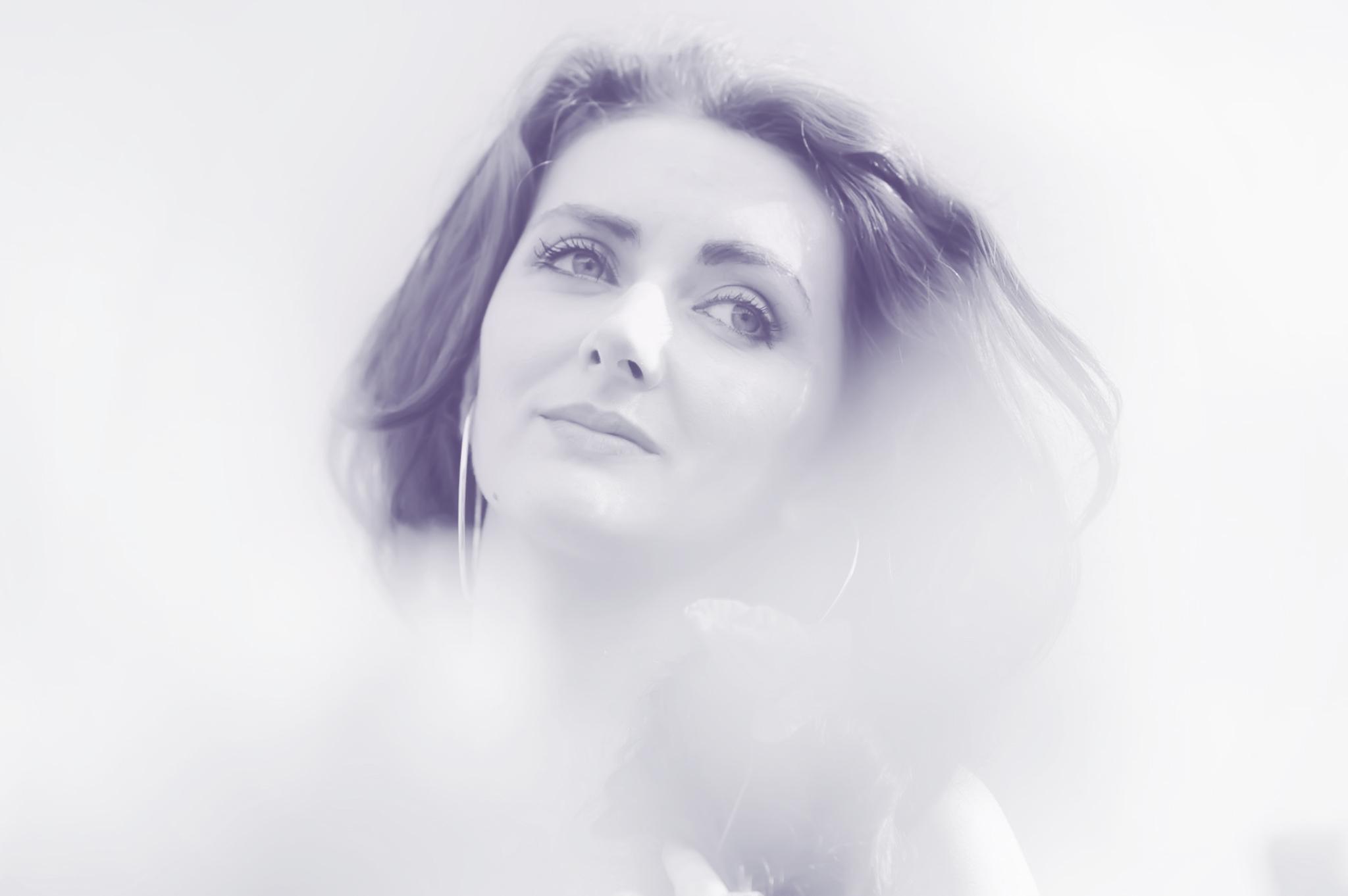 @mariana_robu Cover Image