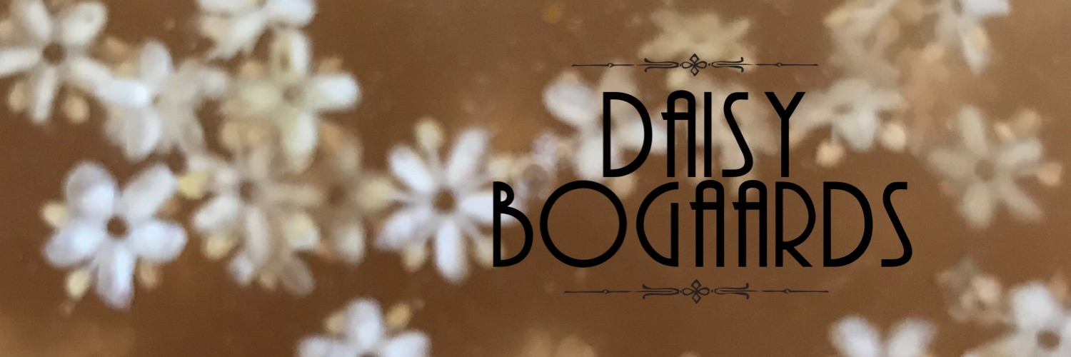 Daisy Bogaards (@daisybel) Cover Image