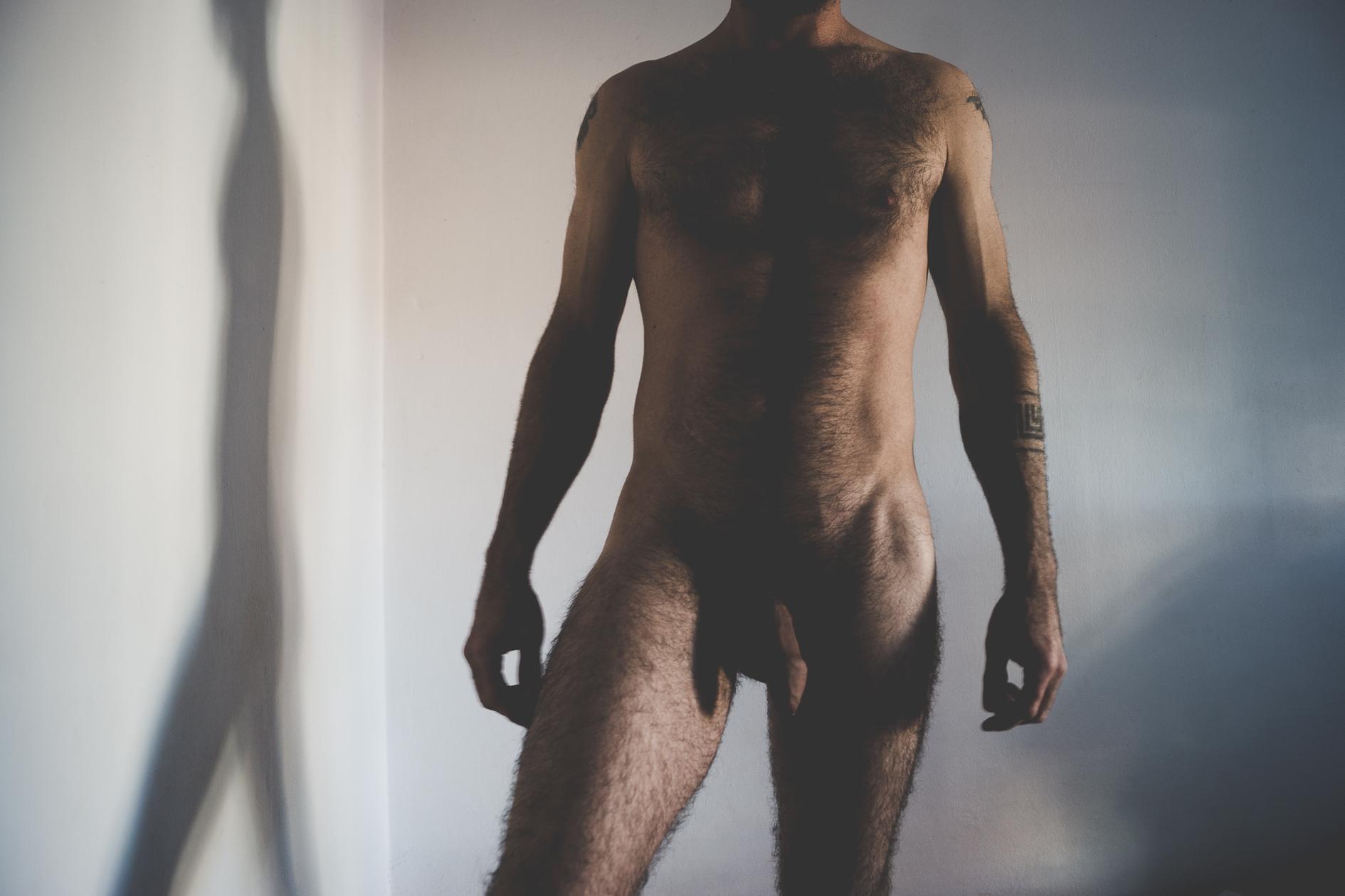 Rodrigo (@2575) Cover Image