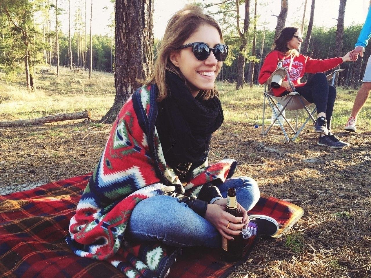 Olesya Safronova (@olesyasafronova) Cover Image