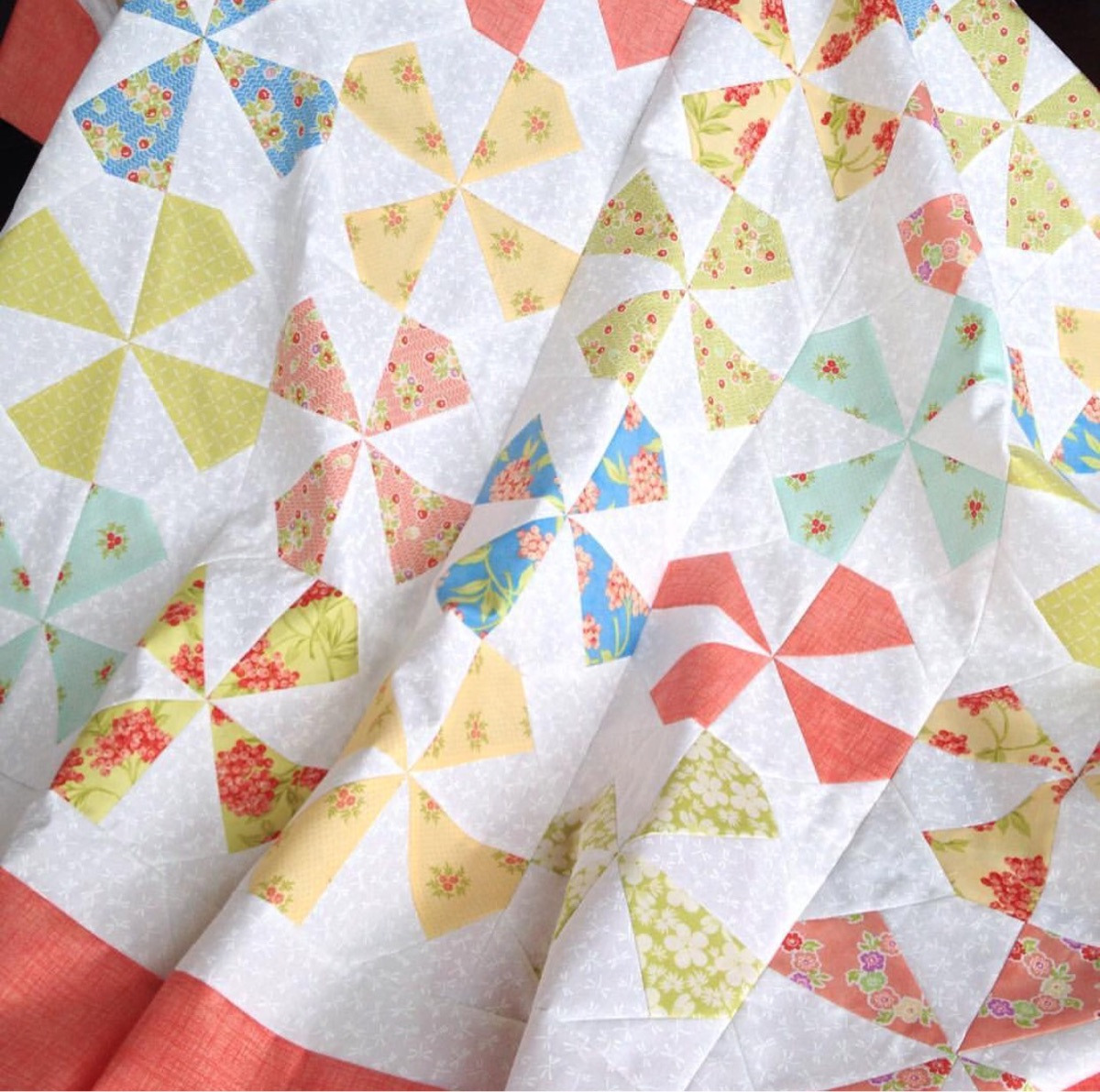 Taunja (@carriedawayquilting) Cover Image