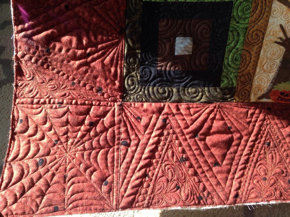 stitchedquiltingco (@stitchedquiltingco) Cover Image