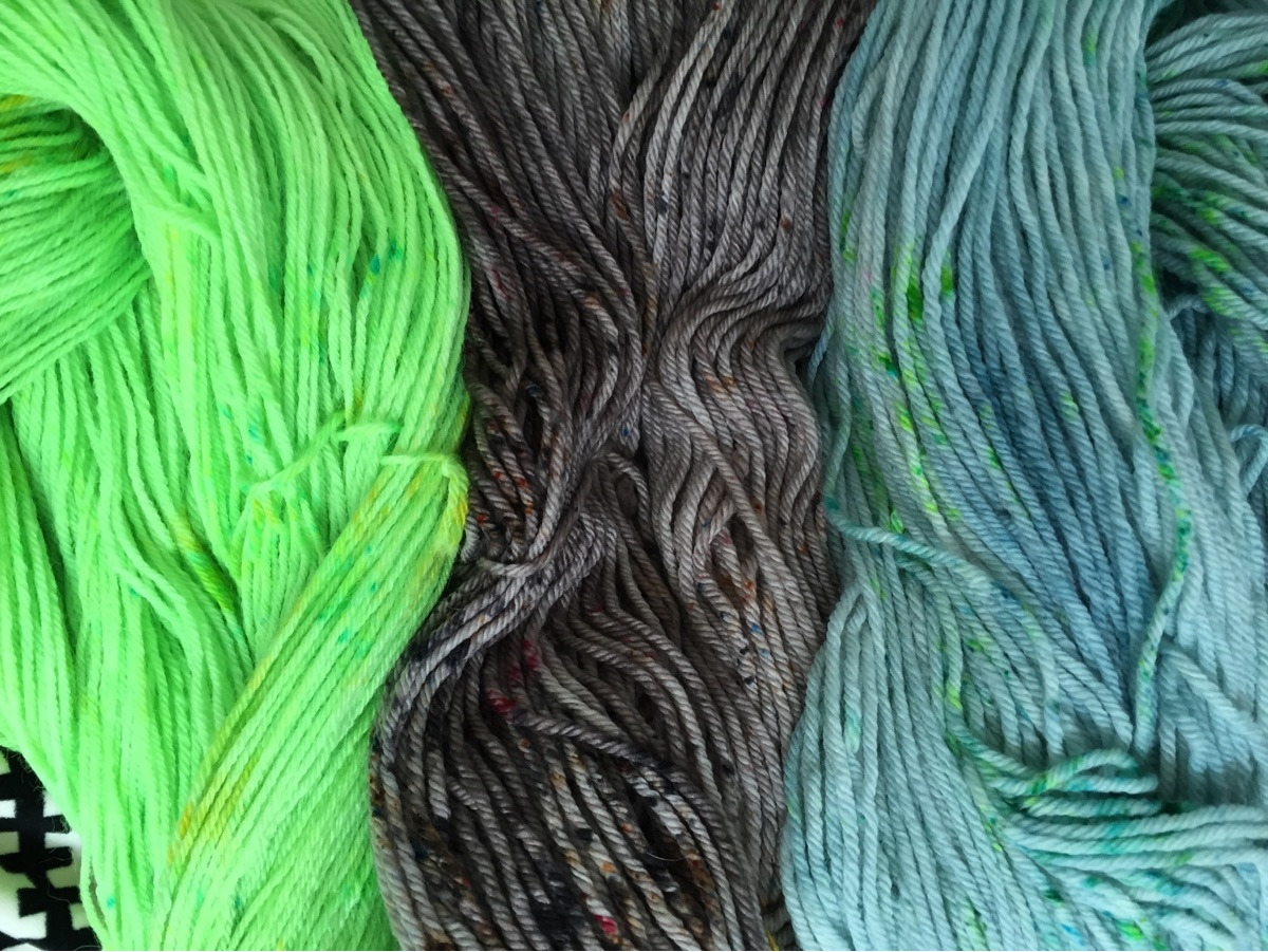 terri (@finefishyarns) Cover Image