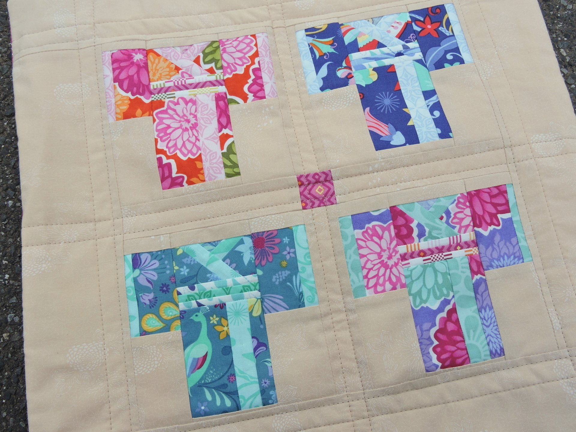 Alyce Blyth (@blossomheartquilts) Cover Image