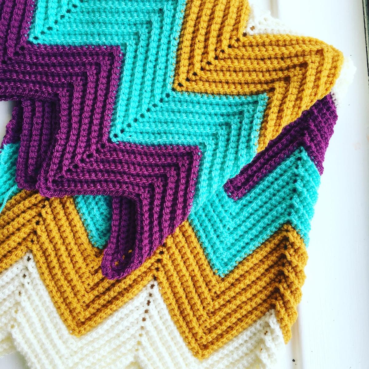 Louise (@crochetcloud) Cover Image