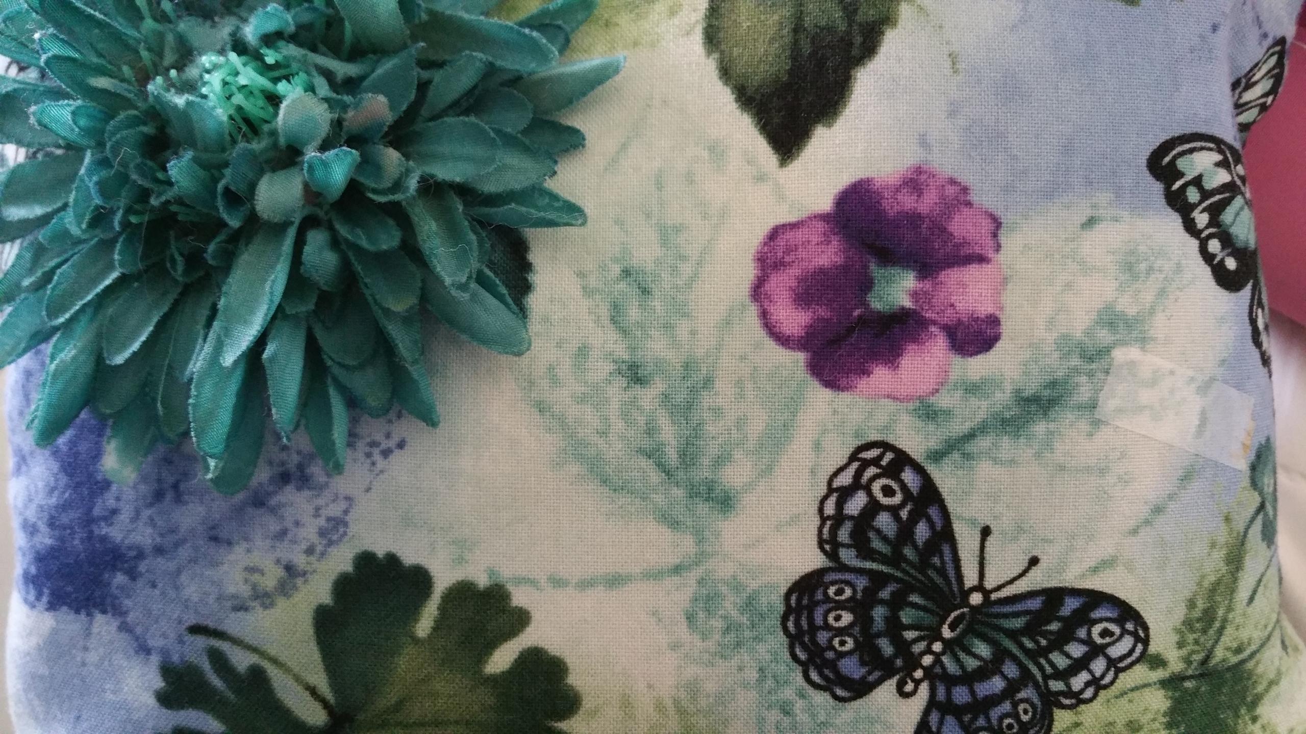 Jan (@avidesigns) Cover Image