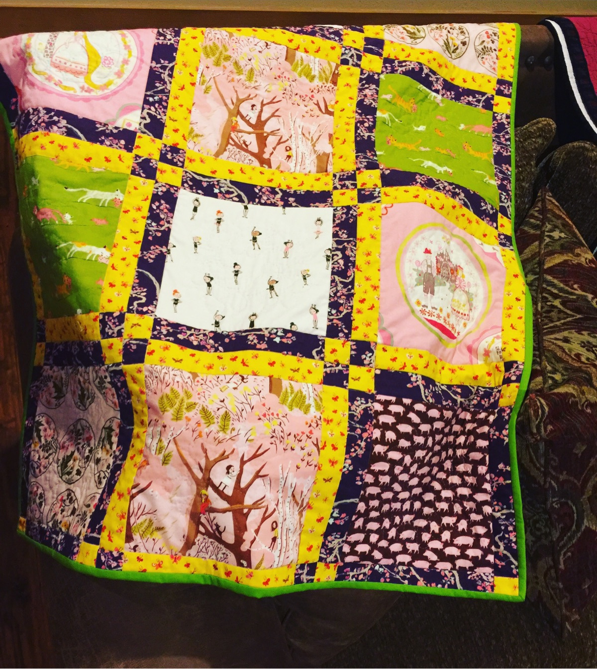 Page Turner Quilts (@pageturnerquilts) Cover Image