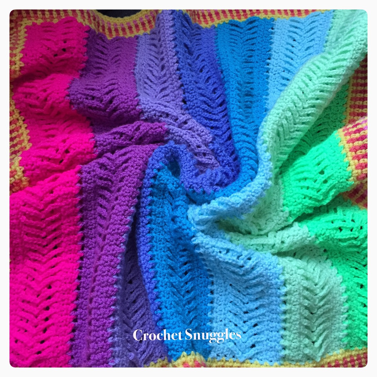 Sharon (@crochetsnuggles) Cover Image