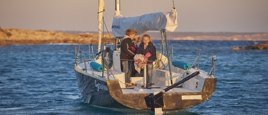 Saphire Boats (@saphireboats) Cover Image