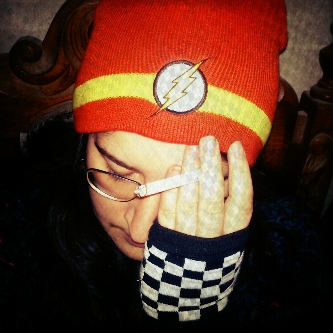 Sarah Helena (@filhotedelua) Cover Image