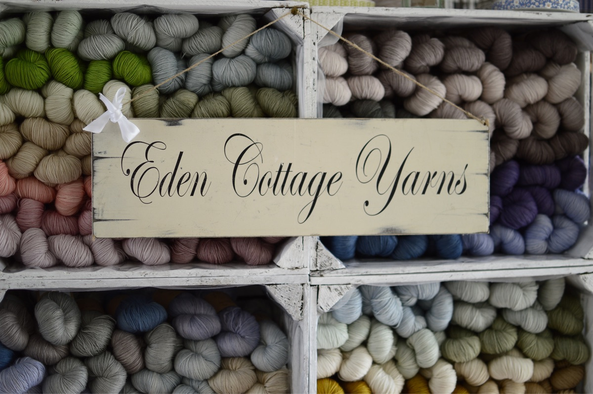 Victoria (@edencottageyarns) Cover Image
