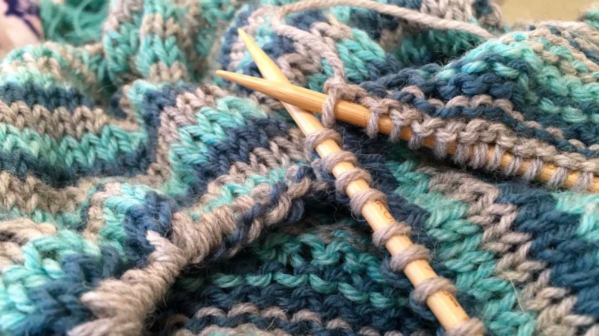 abigail (@abiknits) Cover Image