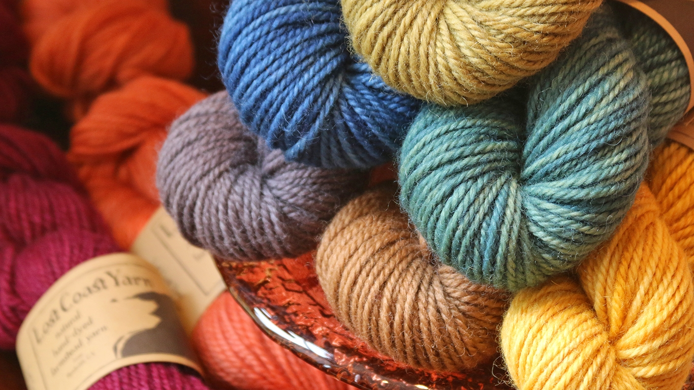 NorthCoast Knittery (@northcoastknittery) Cover Image