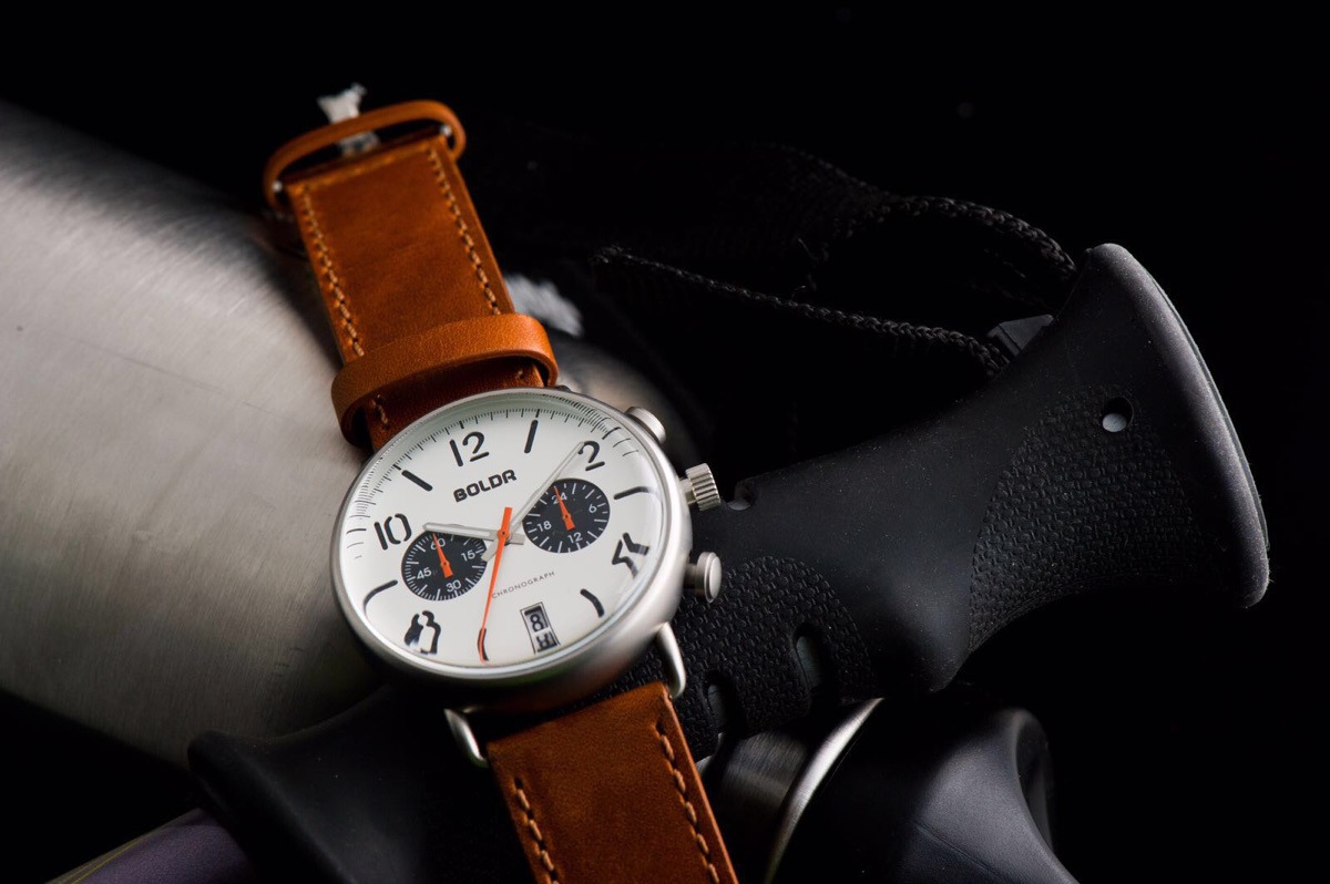 (@boldrwatches-leon) Cover Image