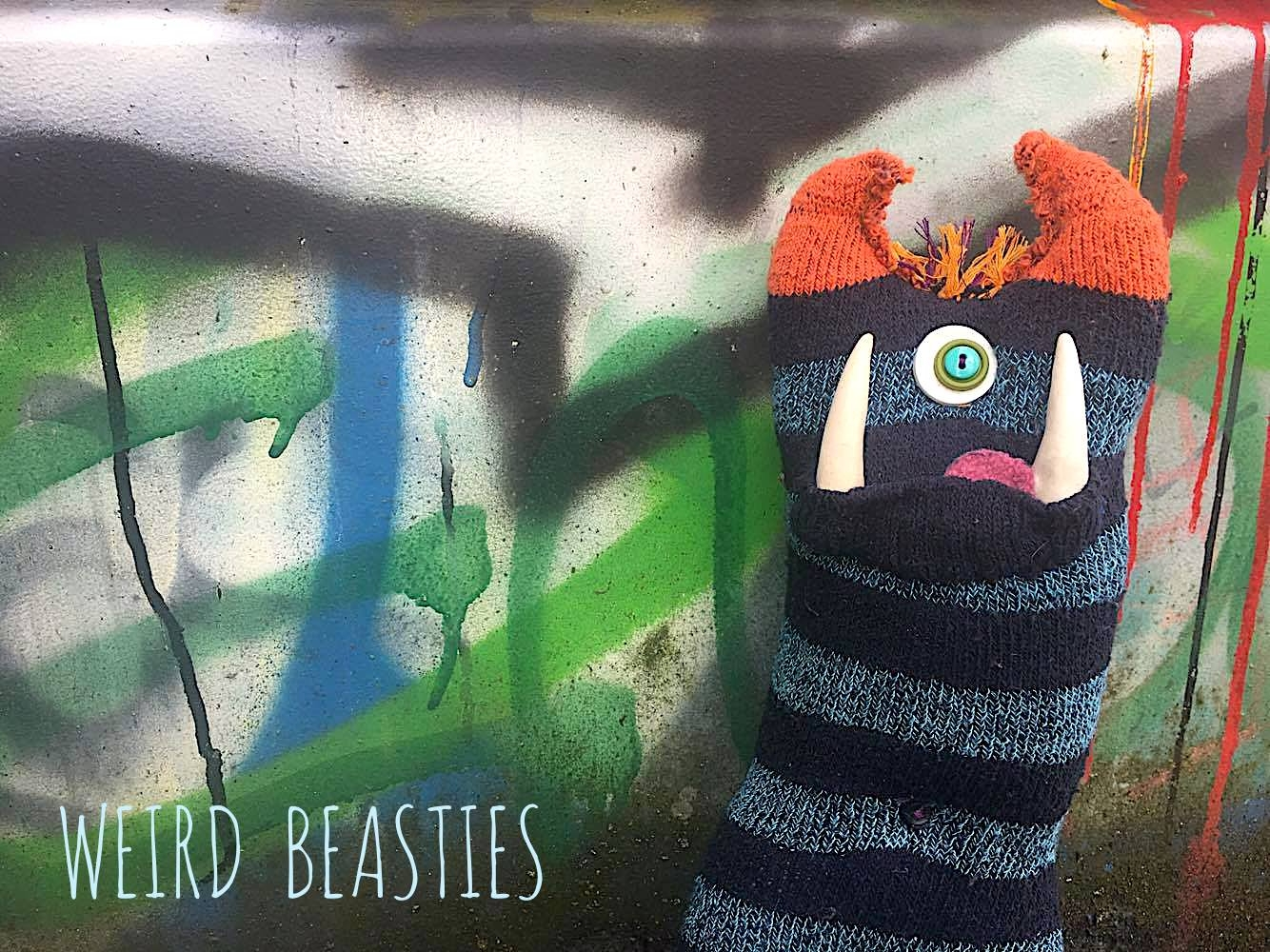 Weird Beasties (@weirdbeasties) Cover Image