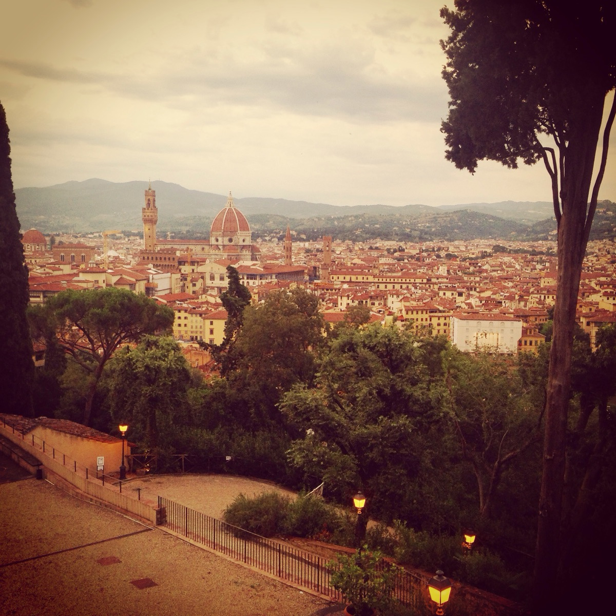 Florence School of Fine Arts (@florenceschool) Cover Image