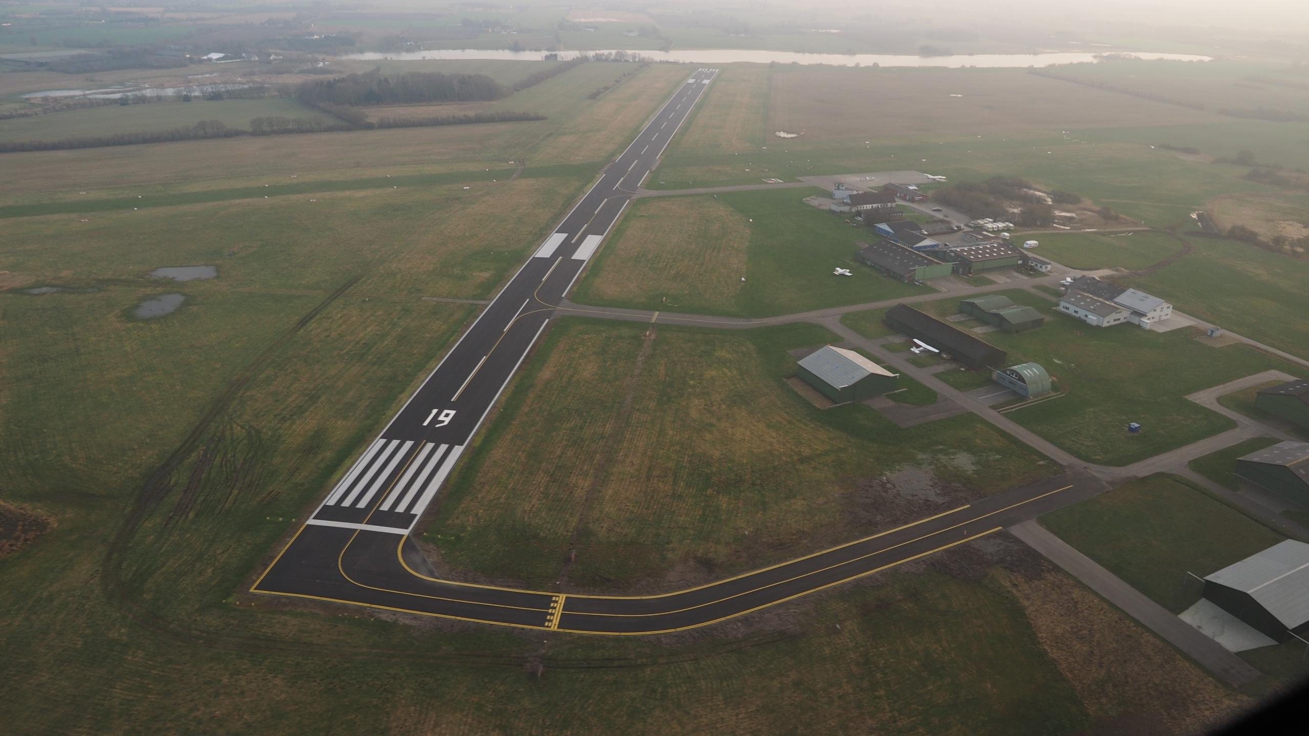 Kolding Lufthavn (@ekvd) Cover Image