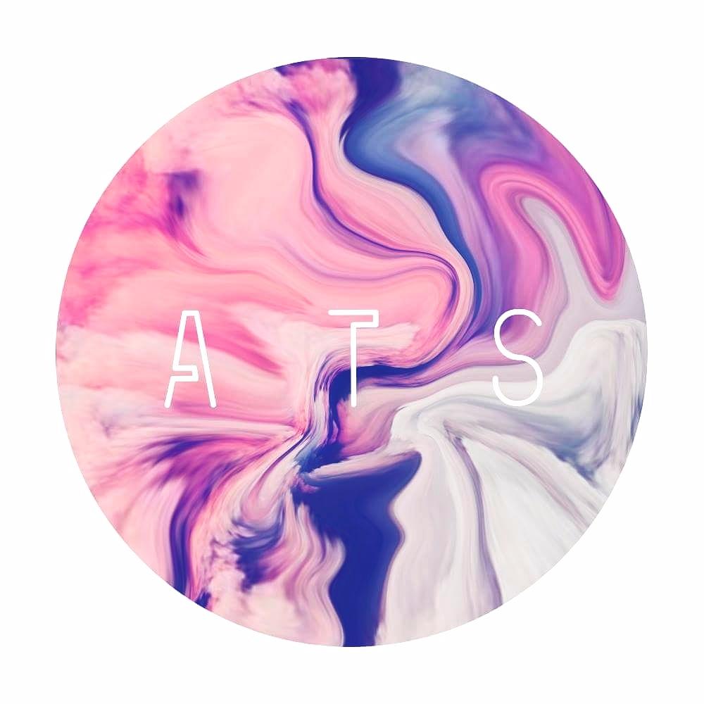 Lana  (@magic_aces) Cover Image