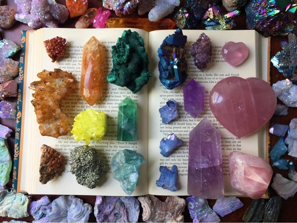 CosmicAura Crystals (@cosmicauracrystals) Cover Image