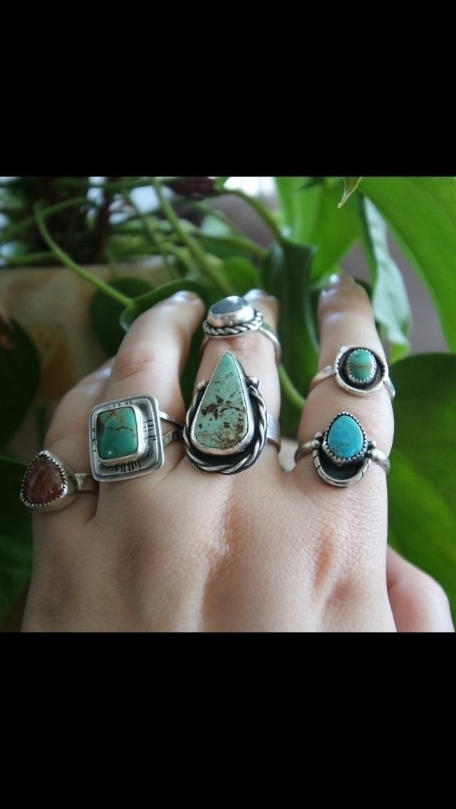 Neshikot Jewelry (@neshikotjewelry) Cover Image
