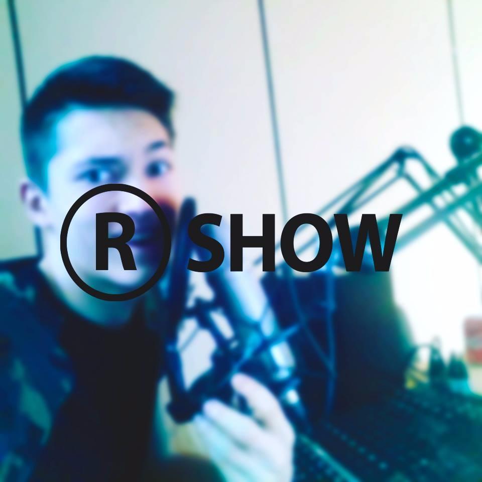 Robertas (@robertassabirovas) Cover Image