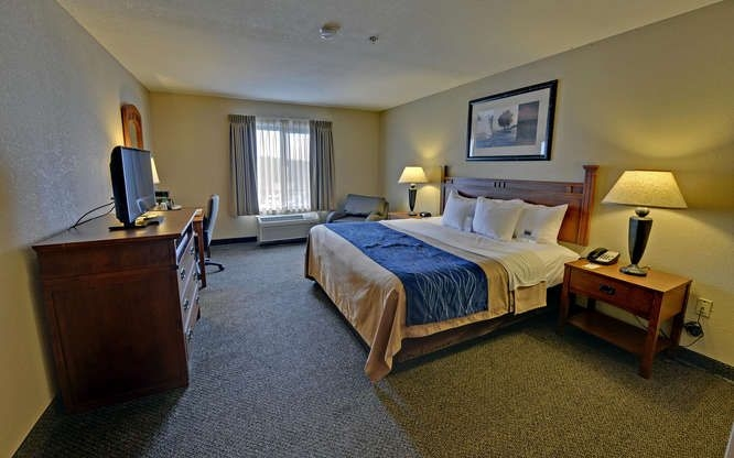 Comfort Inn of Blue Ridge (@comfortinnof) Cover Image