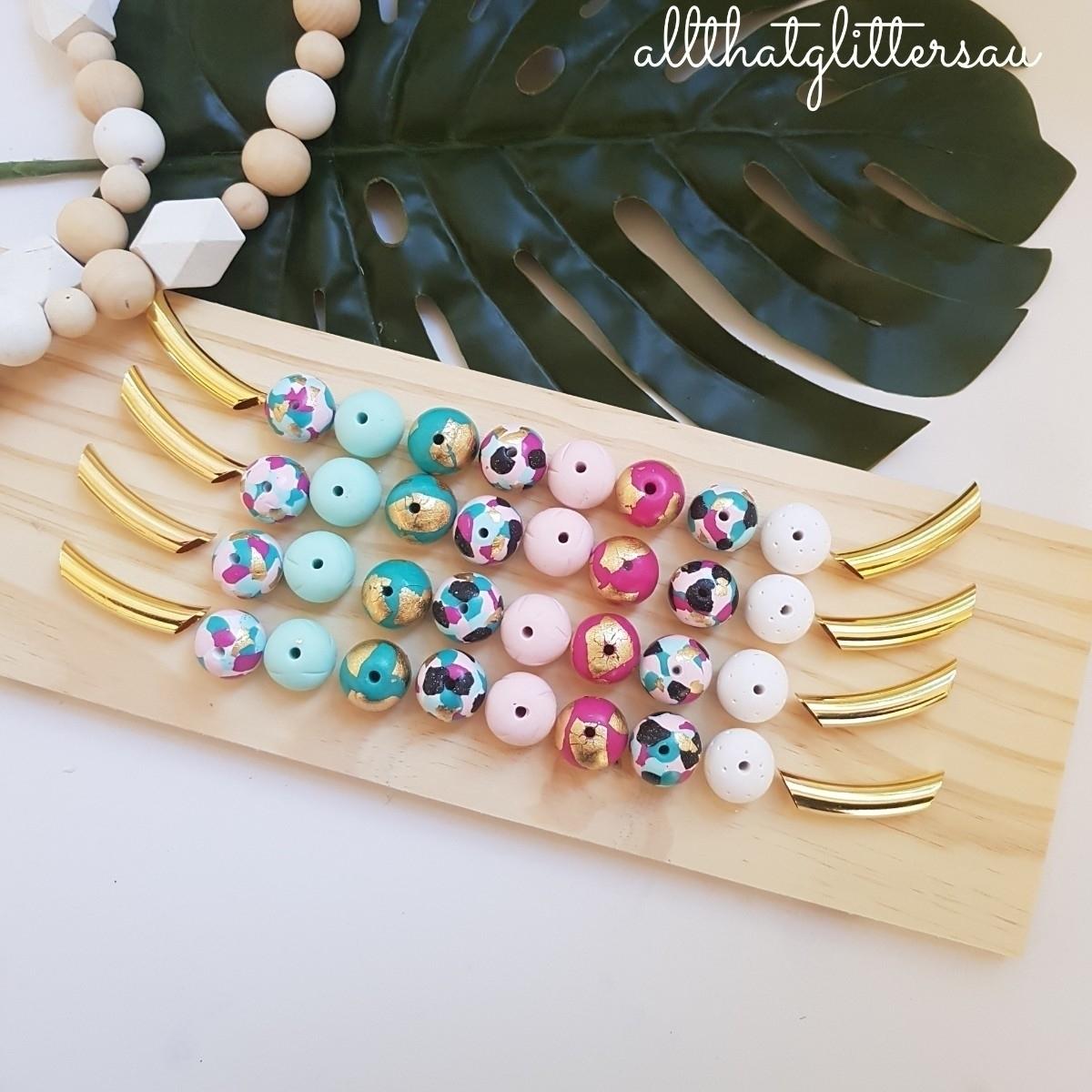 All That Glitters AU (@allthatglittersau) Cover Image