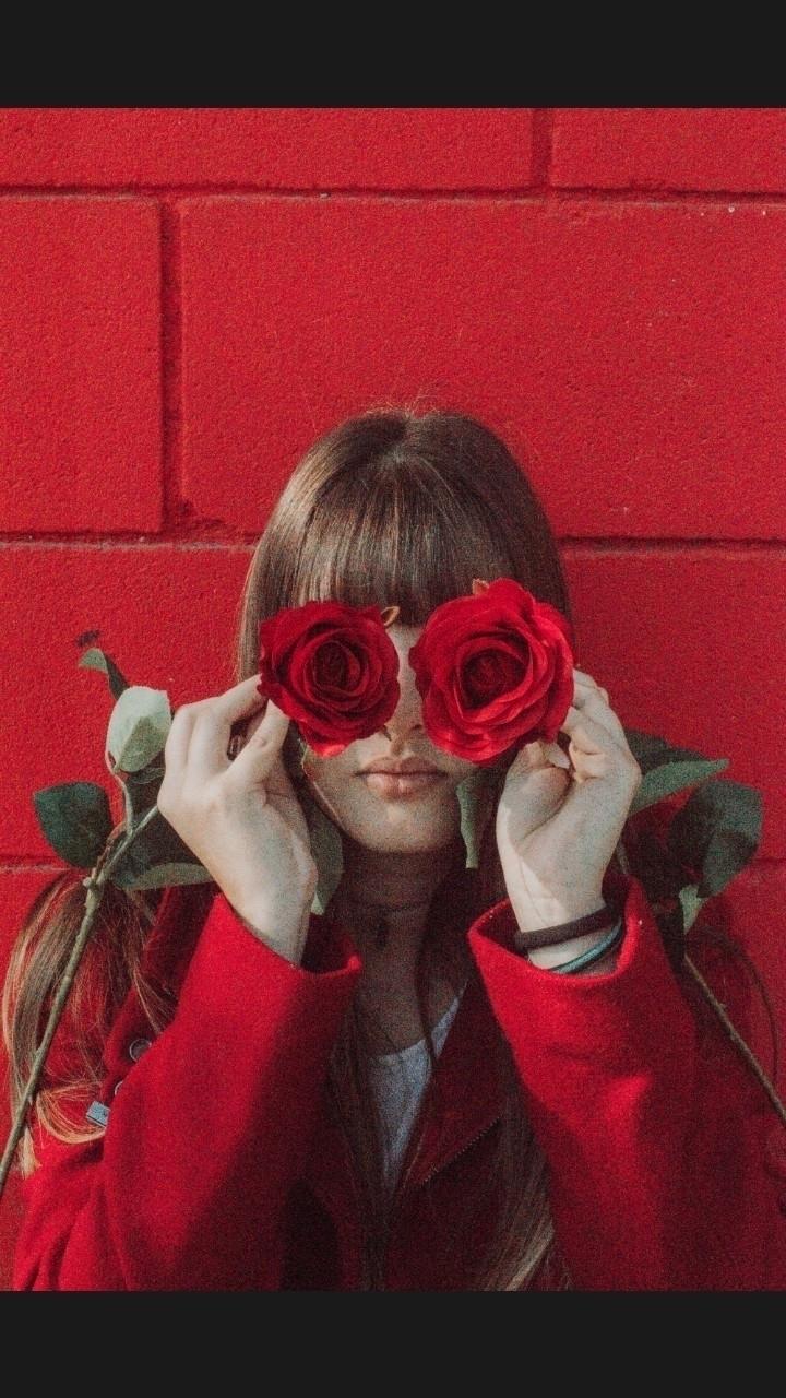 Carla (@blkyswn) Cover Image