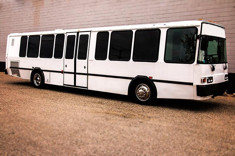 Boston Limo Bus Rental (@bostonlimobusrental) Cover Image