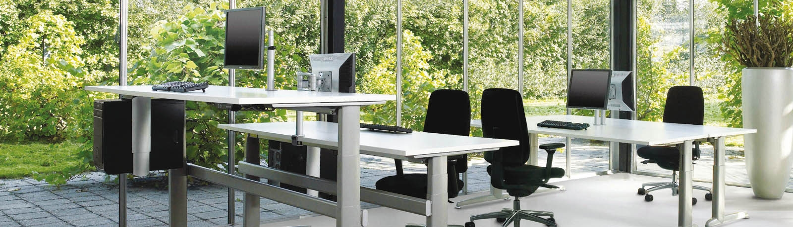 Melbourne Office Furniture (@momentumoffice) Cover Image