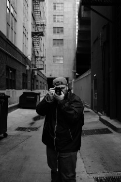 Luis Hernandez (@lens_vibes) Cover Image