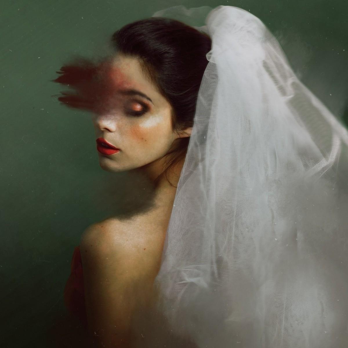 Rebecca Vilches (@rebeccavilches) Cover Image