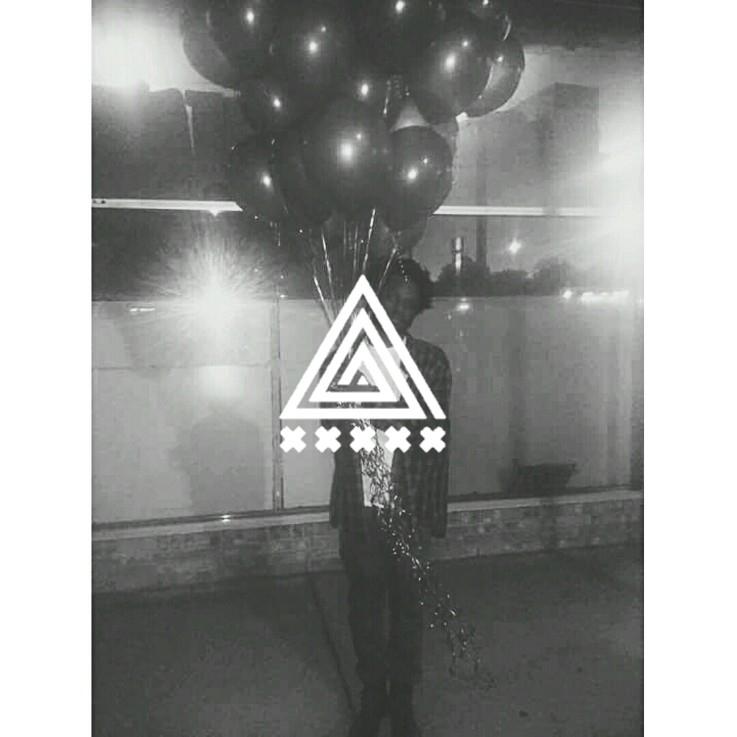 xxxxx (@xx_x_xx) Cover Image