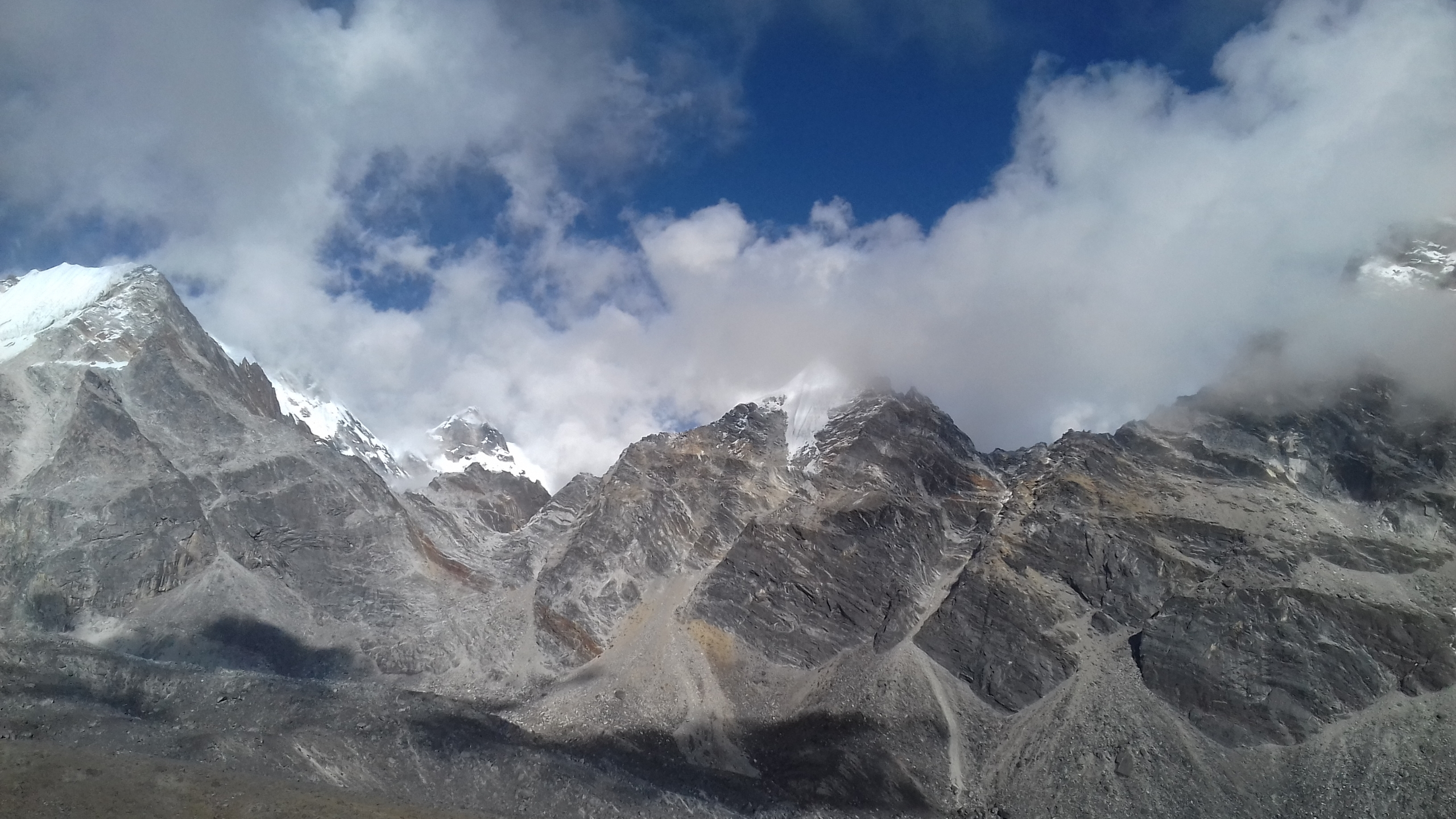 Up To Himalaya (@uptohimalaya) Cover Image