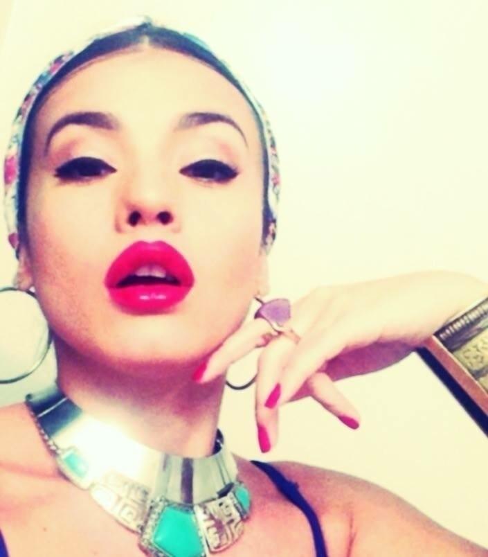 Diana Marcela (@ironedlady) Cover Image