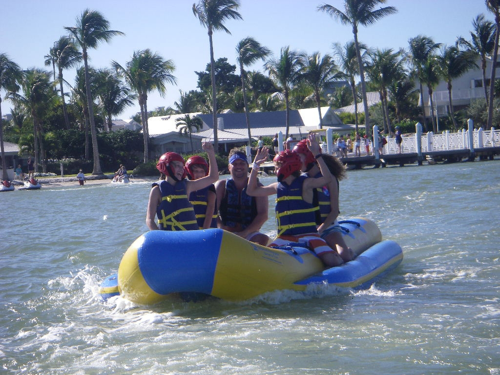 Sunny Island Adventures (@captivawatersports) Cover Image