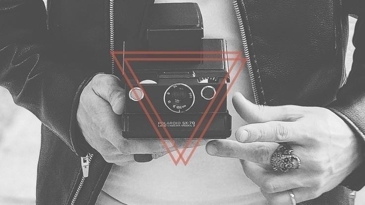 𝐌𝐀𝐍𝐔 (@_manu) Cover Image