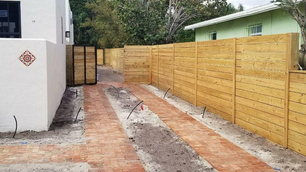 Fence Builders San Diego (@sandiegofencebuilders) Cover Image