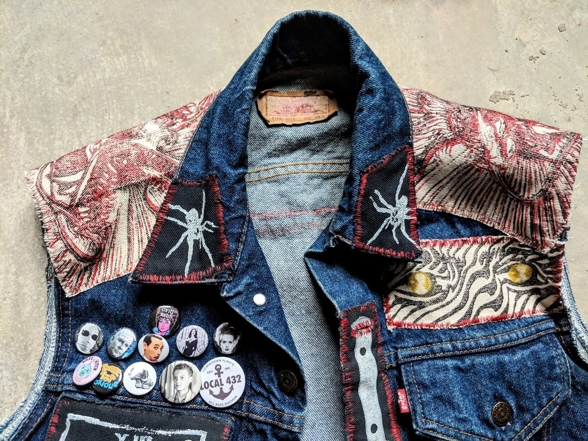 Jeff Tiensivu (@subversiveimage) Cover Image